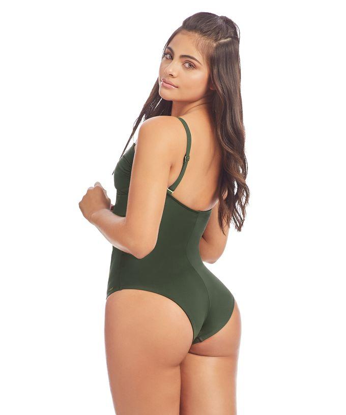 16030-Sara-Malva-espalda